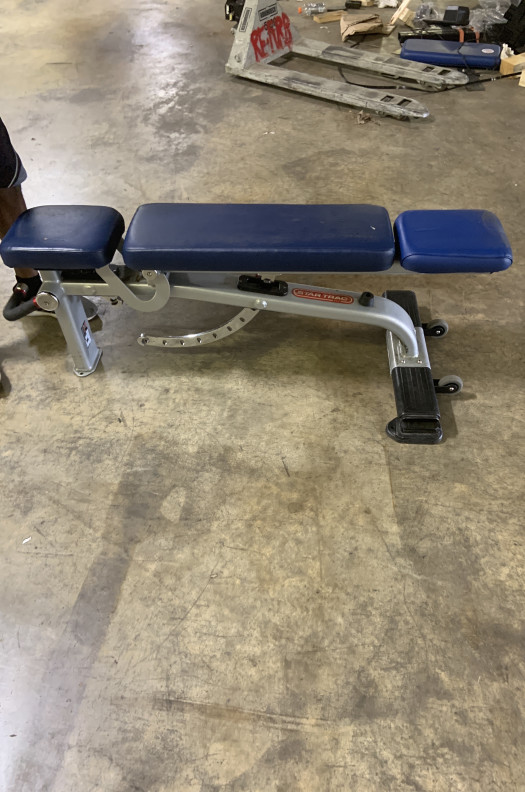 Star Trac Adjustable Bench (Used)
