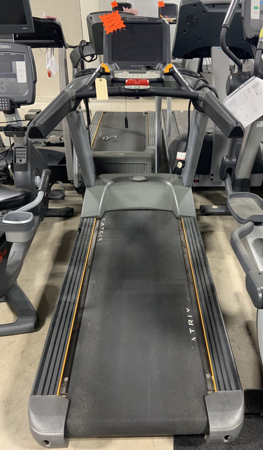 Matrix T7xe Treadmill (Used)