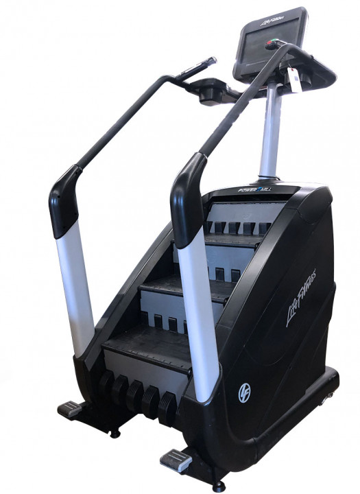 Life Fitness Elevation Series PowerMill Climber with Discover SE Console