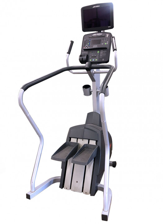 Life Fitness Integrity Series Stepper (Used)